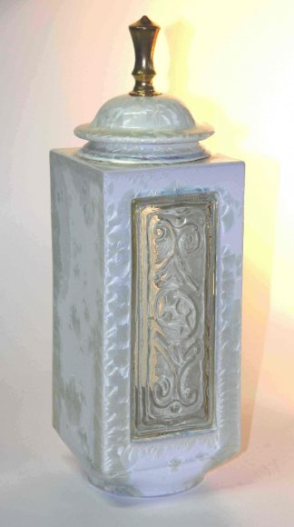 bill-powell-pearl-crystal-rectangle-jar-with-kiln-formed-glass-panels.