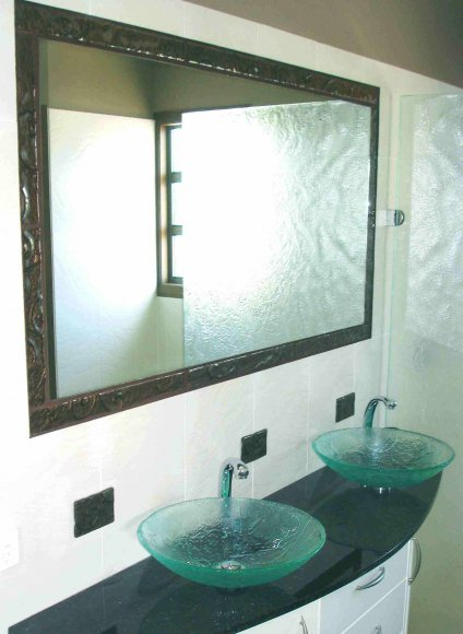 double-basin-and-mirror-
