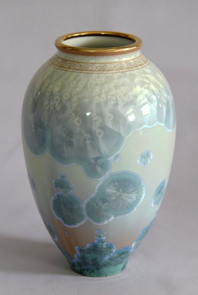 aquamarine-crystal-edition-vase